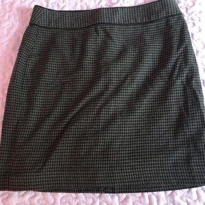 Banana Republic Factory Skirt